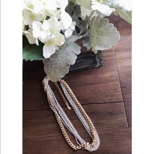 Jewelry - Women's Multilayered chain necklace